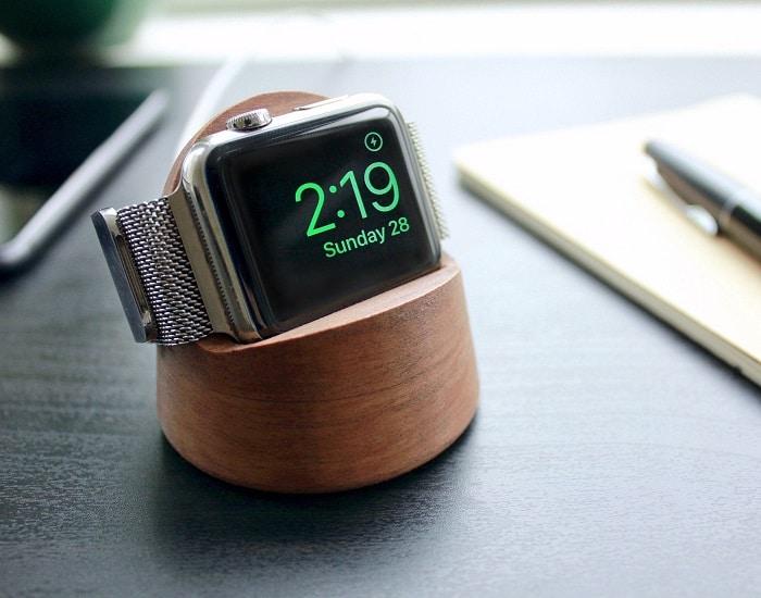 batterij opladen van een smartwatch