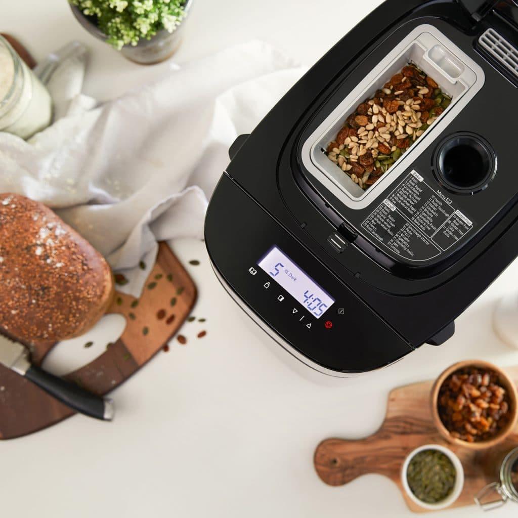 broodbakmachine met automatische toevoerfunctie