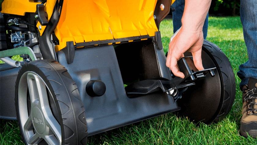 benzine grasmaaier met mulching